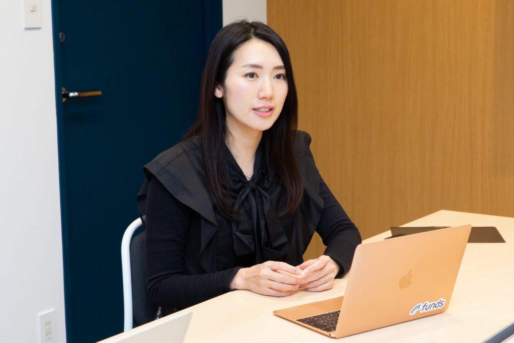 ファンズ株式会社の水野綾香